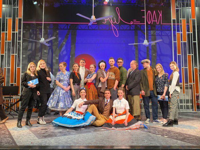 Участники проекта «Журфак Театрала» и актеры МГТ